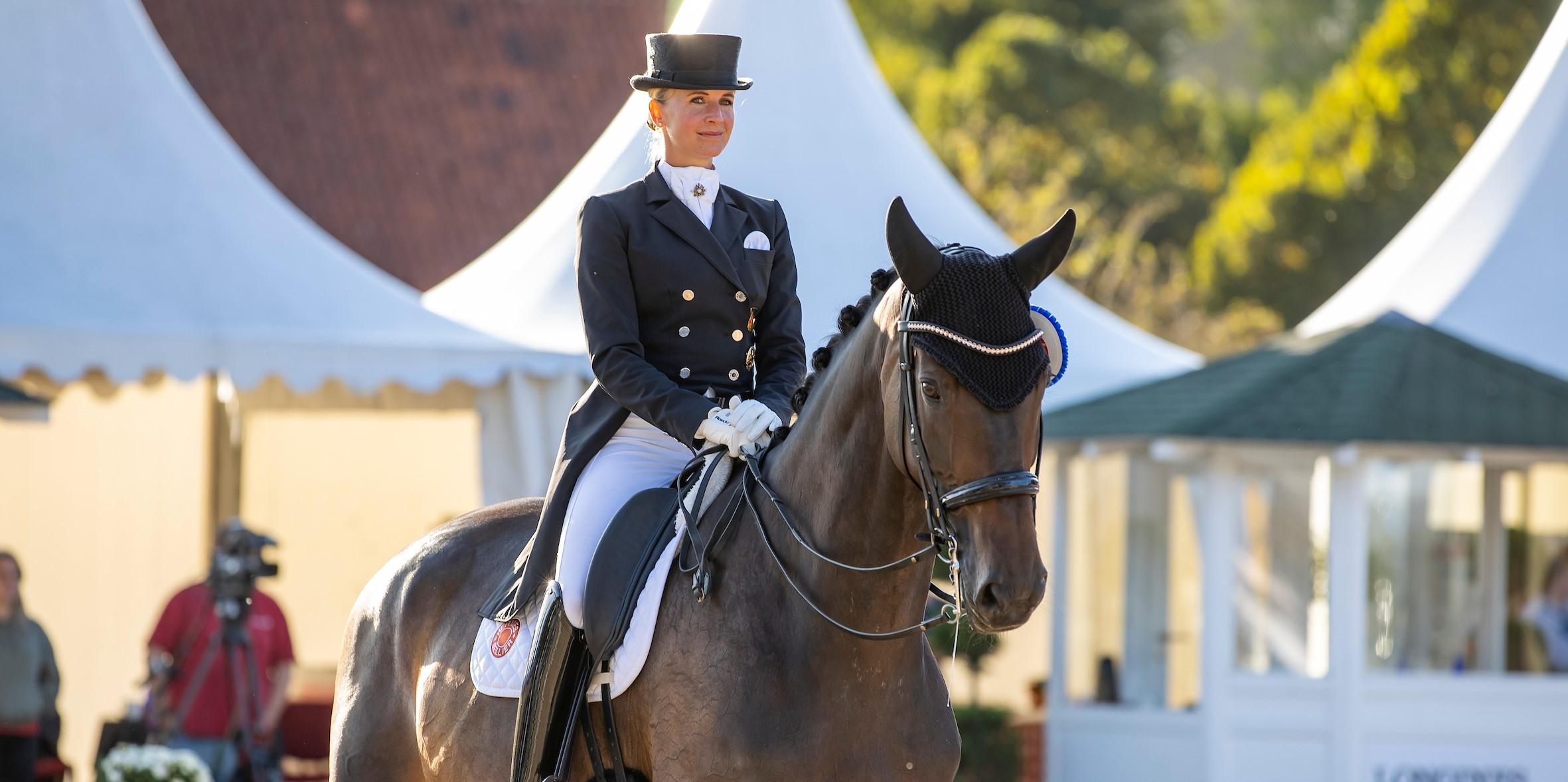 Balve: Erster Meister-Titel für Jessica von Bredow-Werndl