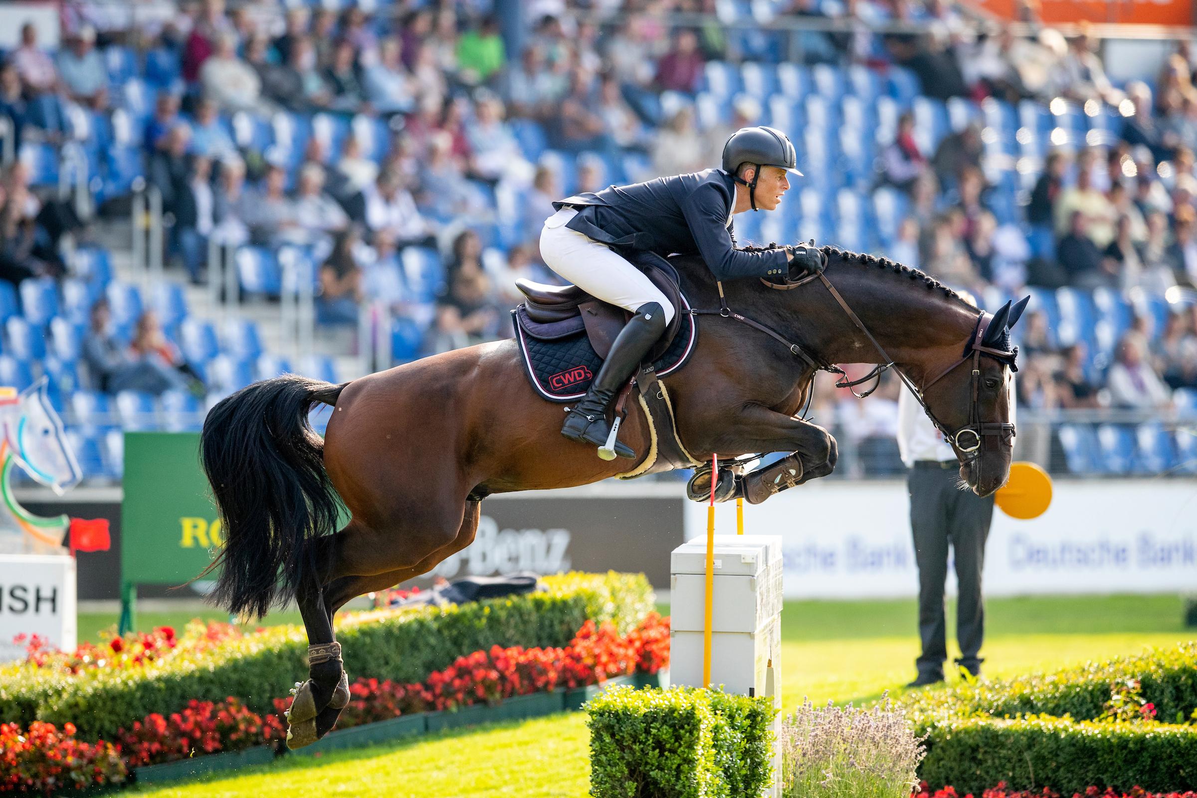 Pferdeverkäufe bei Max Kühner und Steve Guerdat